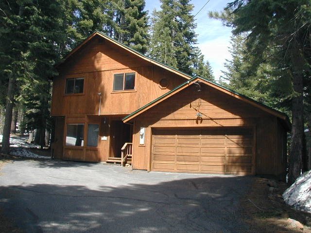 Single Family Home for Active at 12345 Greenleaf Way 12345 Greenleaf Way Truckee, California 96161 United States