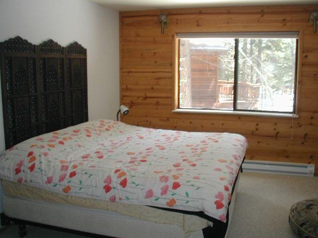 Additional photo for property listing at 12345 Greenleaf Way 12345 Greenleaf Way Truckee, California 96161 United States