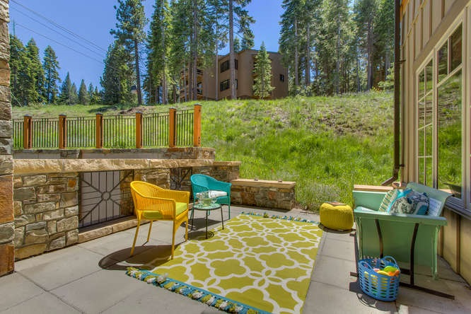 Additional photo for property listing at 7001 Northstar Drive  Truckee, California 96161 United States