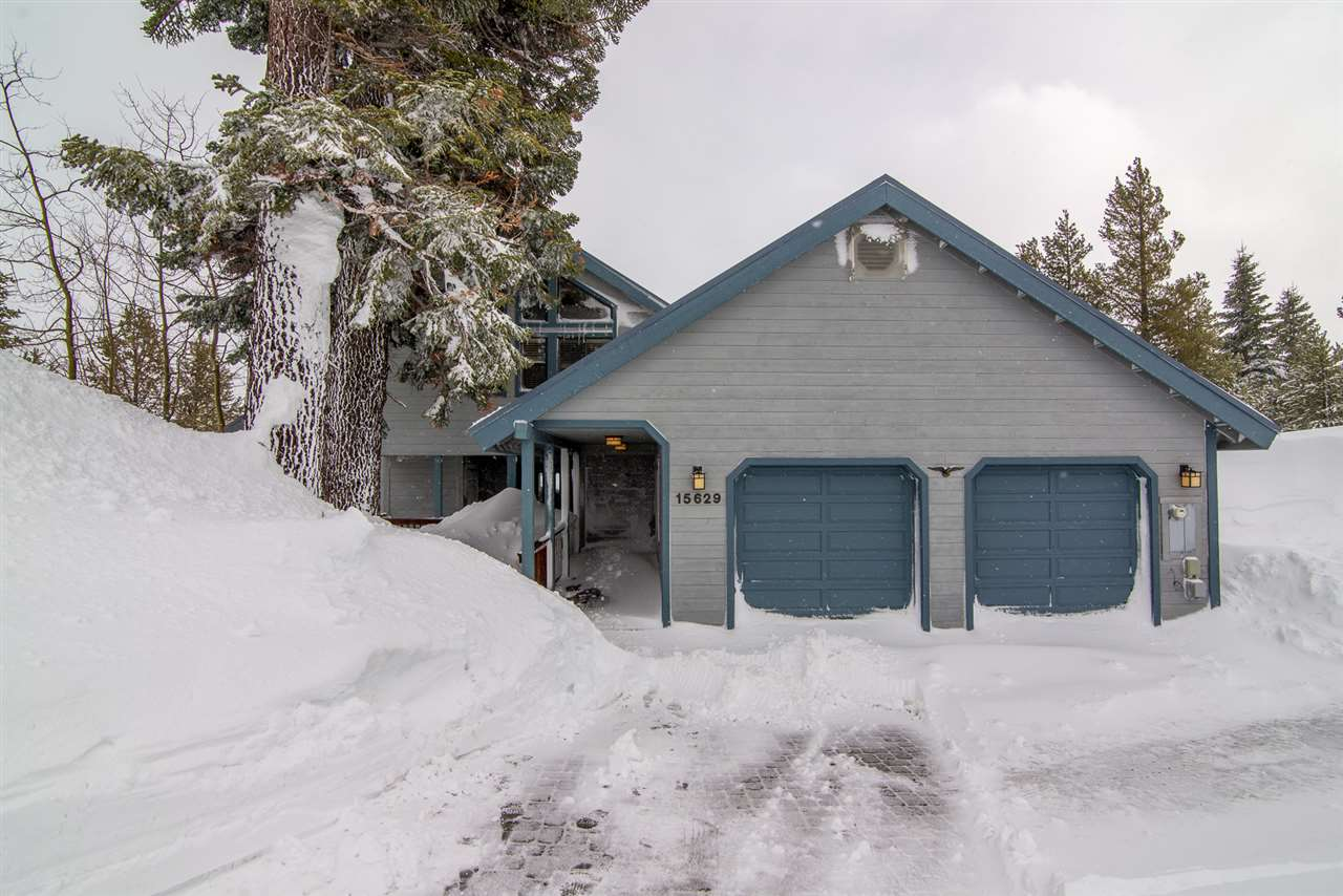 Single Family Home for Active at 15629 Skislope Way Truckee, California 96161 United States