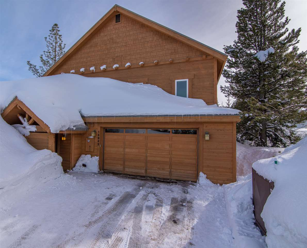 Single Family Home for Active at 14942 Skislope Way Truckee, California 96161 United States