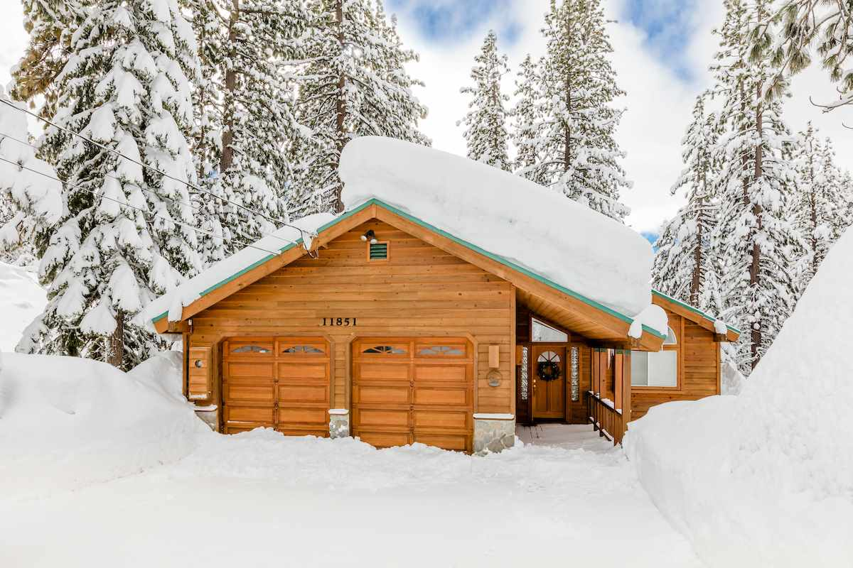 Single Family Home for Active at 11851 Saint Bernard Drive Truckee, California 96161 United States