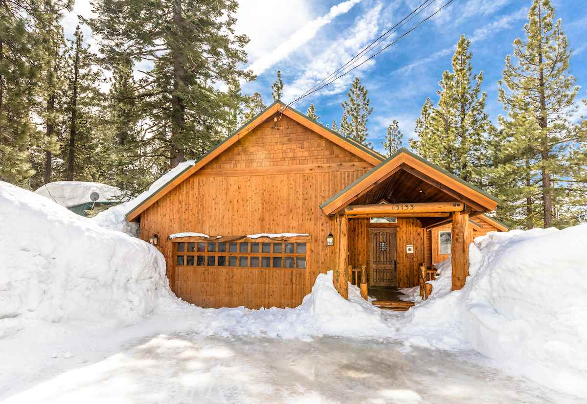 13133 Falcon Point Place, Truckee, CA 96161