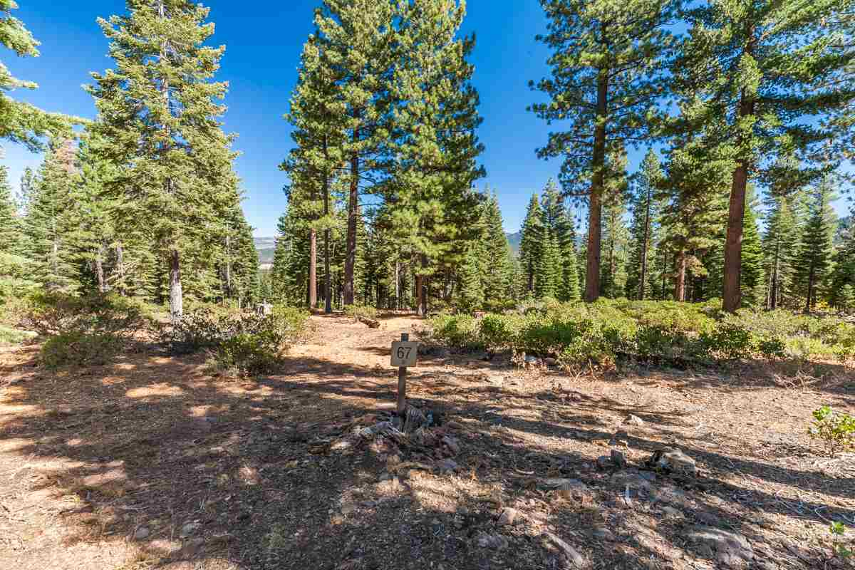 Land for Active at 10926 Olana Drive Truckee, California 96161 United States