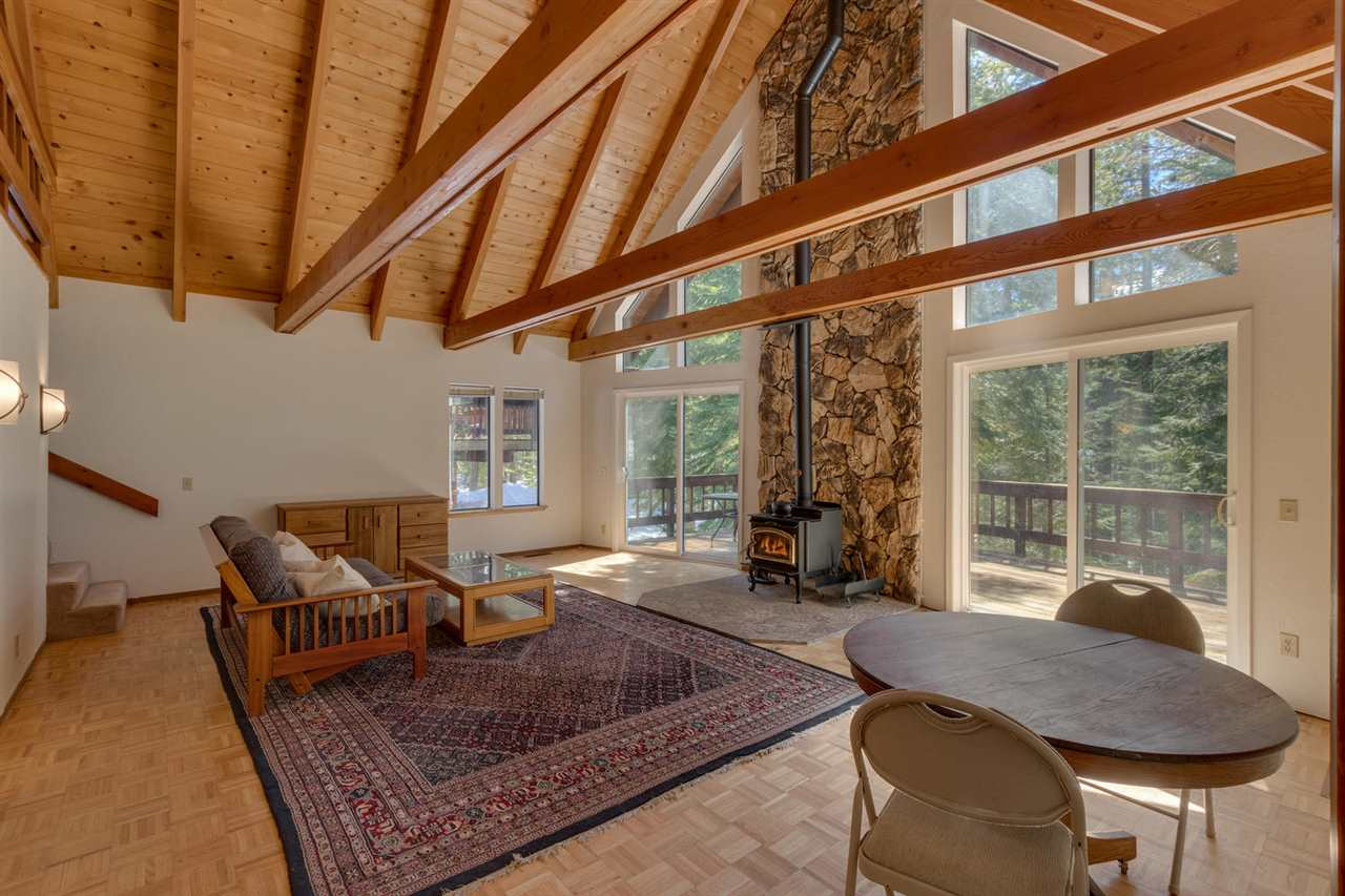 13103 Falcon Point Place, Truckee, CA 96161