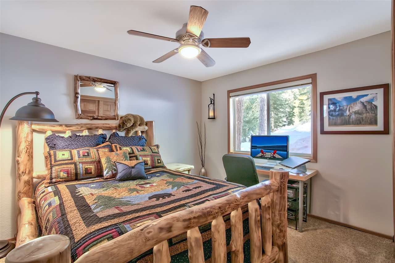 Additional photo for property listing at 11325 Sitzmark Way 11325 Sitzmark Way Truckee, California 96161 Estados Unidos