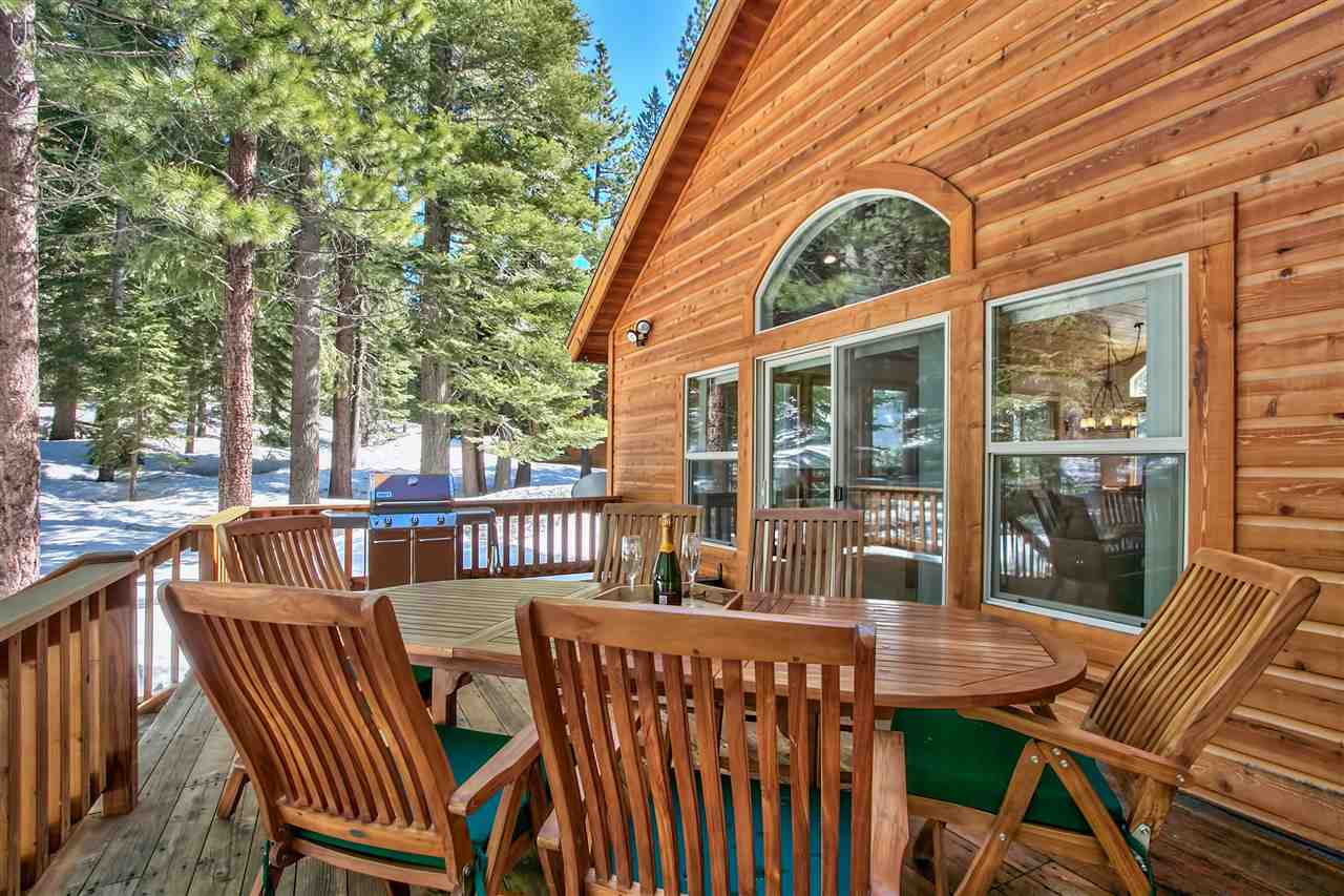 Additional photo for property listing at 11325 Sitzmark Way  Truckee, California 96161 Estados Unidos