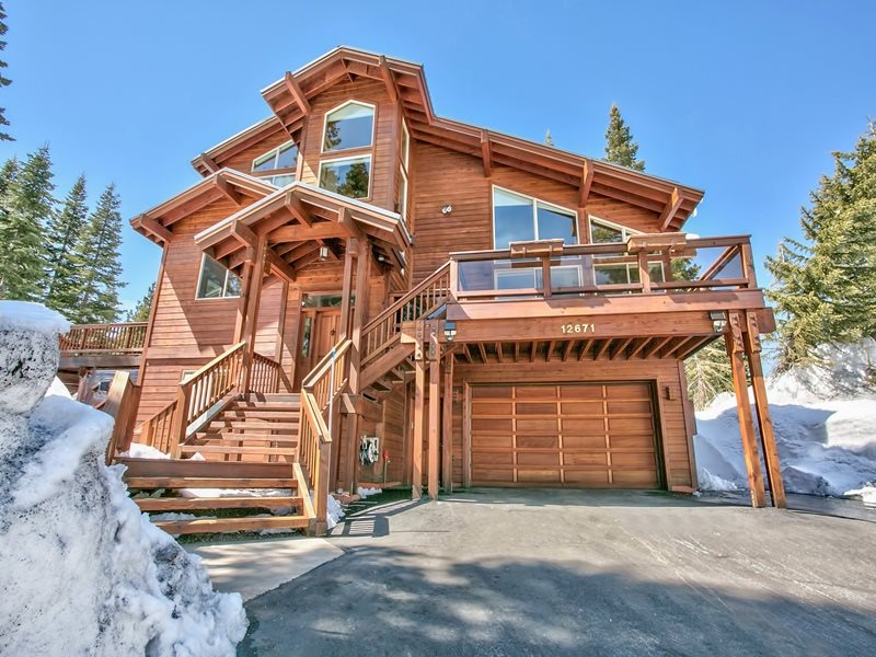 Single Family Home for Active at 12671 Muhlebach Way Truckee, California 96161 United States