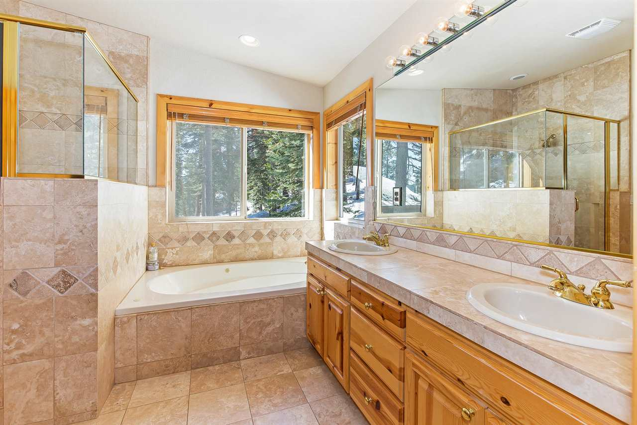 Additional photo for property listing at 699 Mountain Circle  Tahoe Vista, California 96148 United States