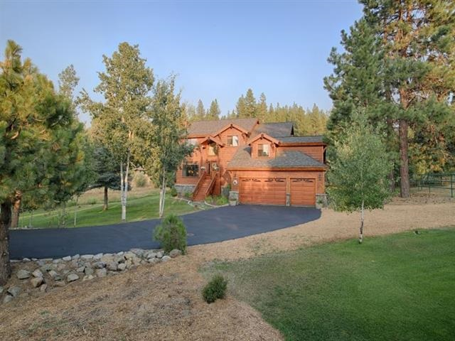 10304 Courtenay Lane, Truckee, CA 96161