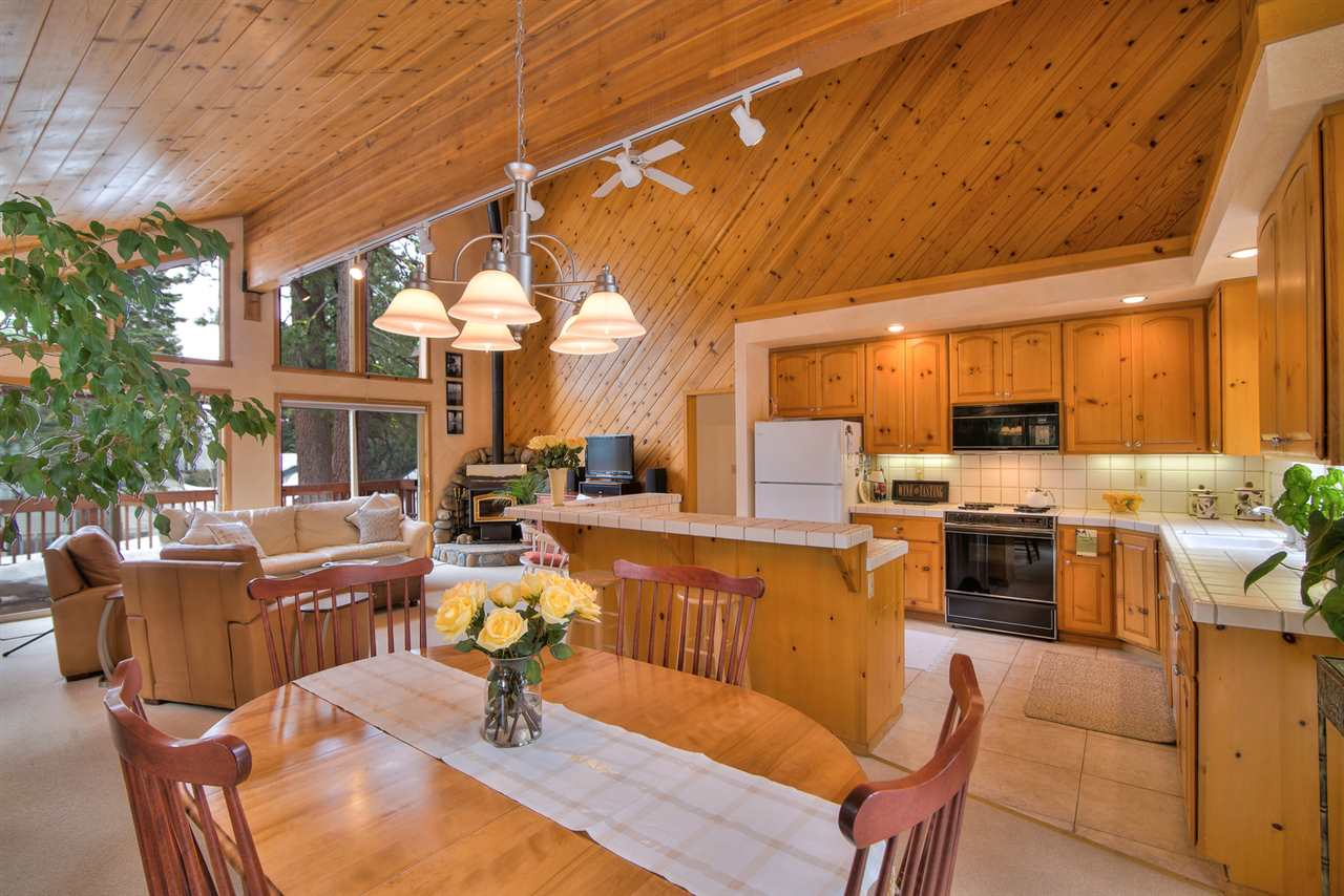 Additional photo for property listing at 224 Talvista Drive  Tahoe City, California 96145 United States