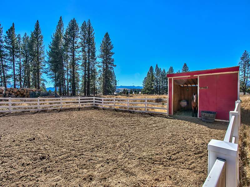 Additional photo for property listing at 12396 Union Mills Road  Truckee, California 96161 Estados Unidos