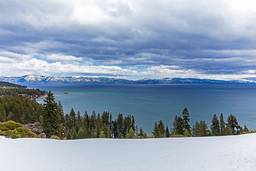 Condominium for Active at 1877 North Lake Boulevard Tahoe City, California 96145 United States
