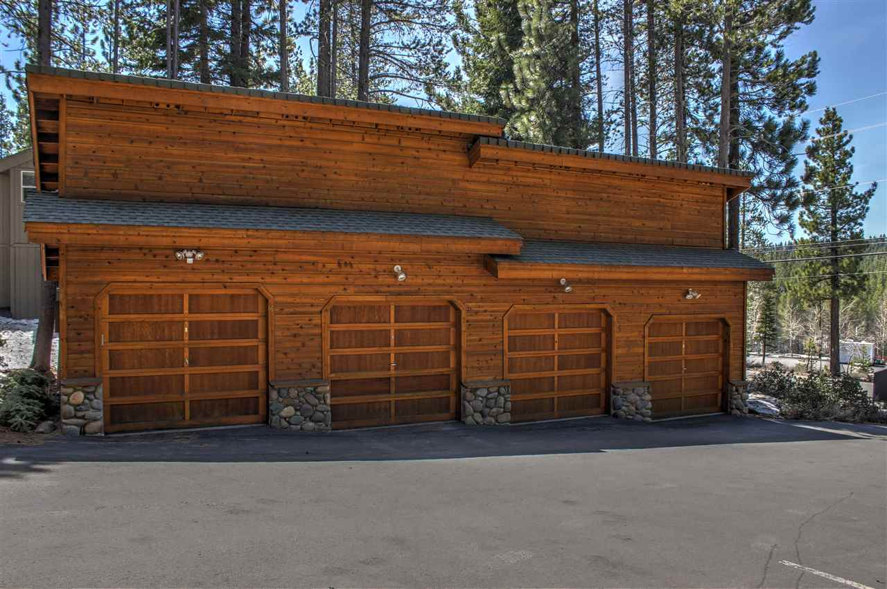 Additional photo for property listing at 12595 Northwoods Boulevard 12595 Northwoods Boulevard Truckee, California 96161 United States