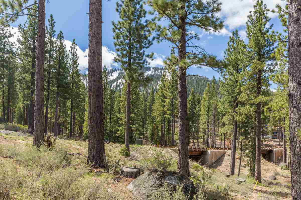 Land for Active at 8285 Ehrman Drive 8285 Ehrman Drive Truckee, California 96161 United States