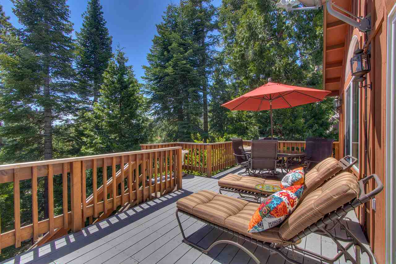 Additional photo for property listing at 8671 Mountain Drive 8671 Mountain Drive Tahoma, California 96142 Estados Unidos