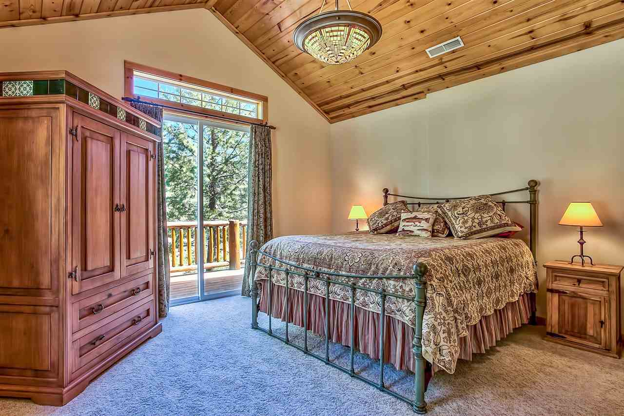 Additional photo for property listing at 10911 Skislope Way Truckee, California 96161 United States