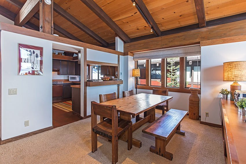 Additional photo for property listing at 3600 North Lake Boulevard  Tahoe City, Kalifornien,96145 Vereinigte Staaten