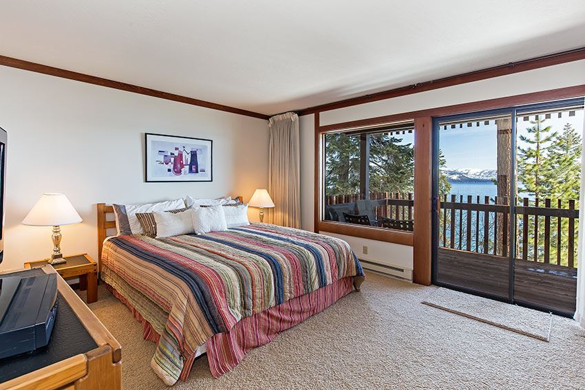 Additional photo for property listing at 3600 North Lake Boulevard  Tahoe City, Kaliforniya,96145 Amerika Birleşik Devletleri
