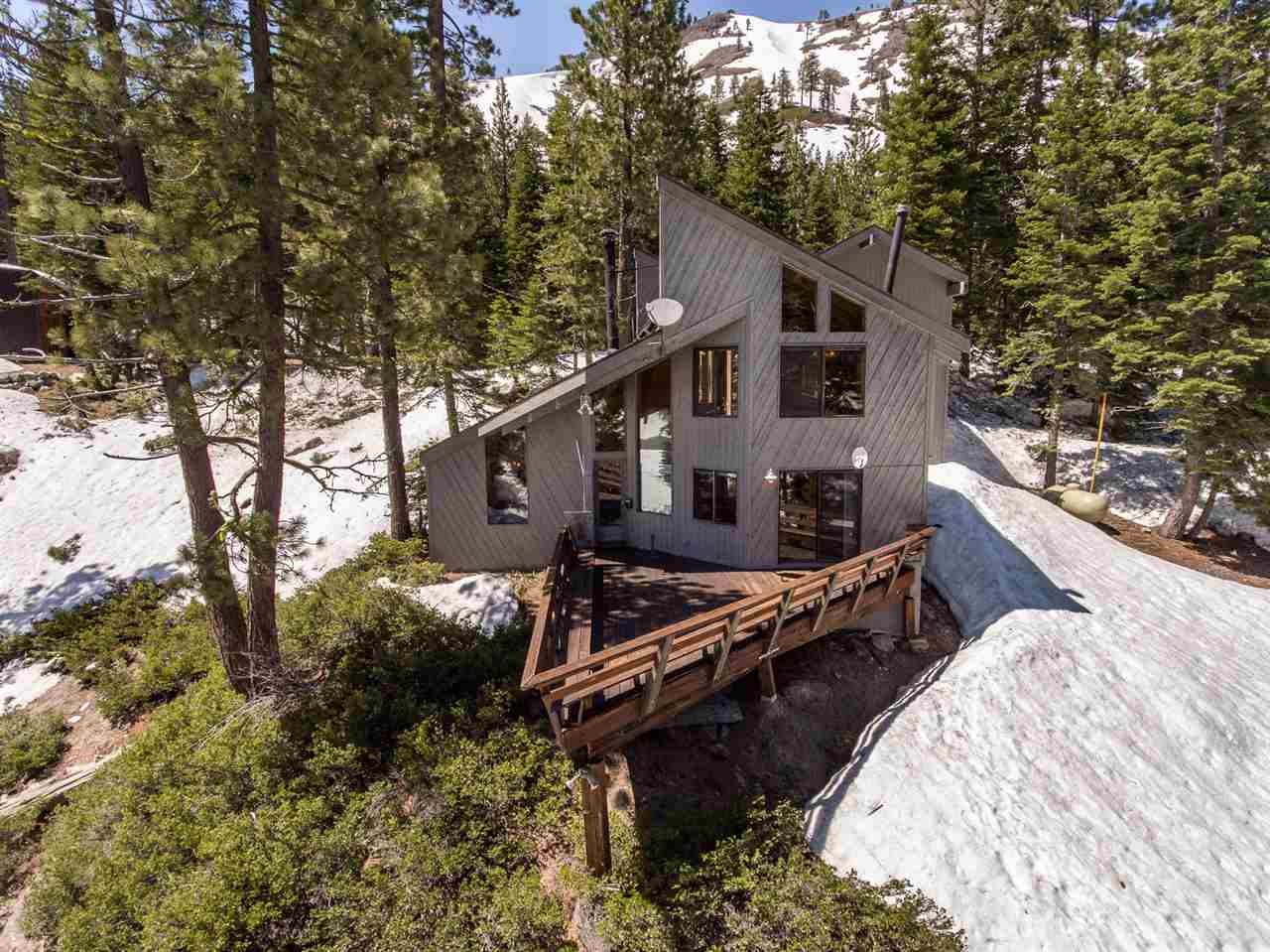 1901 Cub Lane, Alpine Meadows, CA 96146