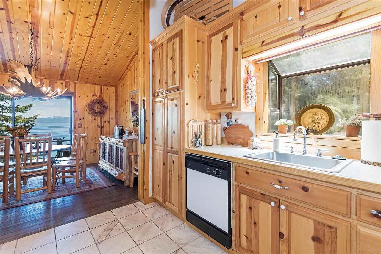 Additional photo for property listing at 8769 Rubicon Drive 8769 Rubicon Drive Tahoma, California 96142 Estados Unidos