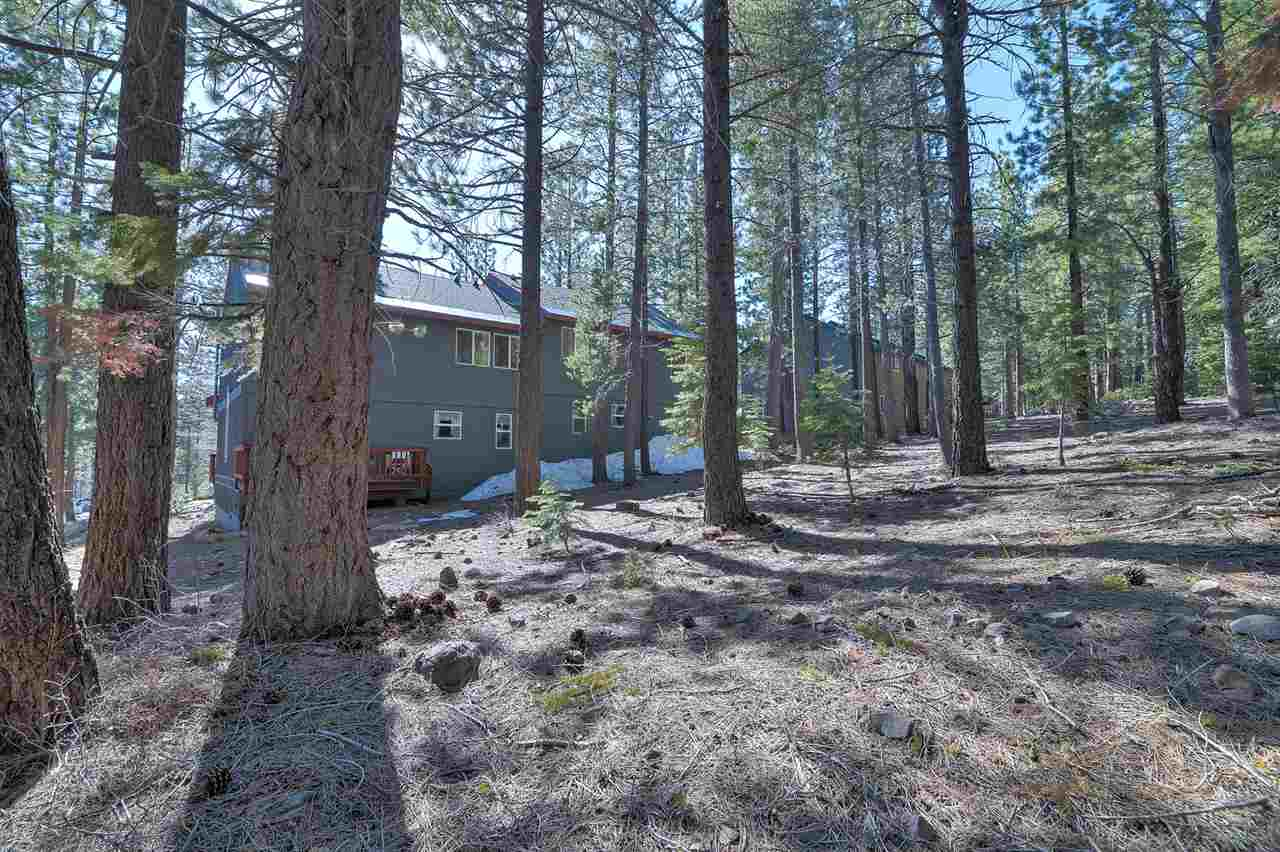 Additional photo for property listing at 12469 Northwoods Boulevard 12469 Northwoods Boulevard Truckee, California 96161 United States