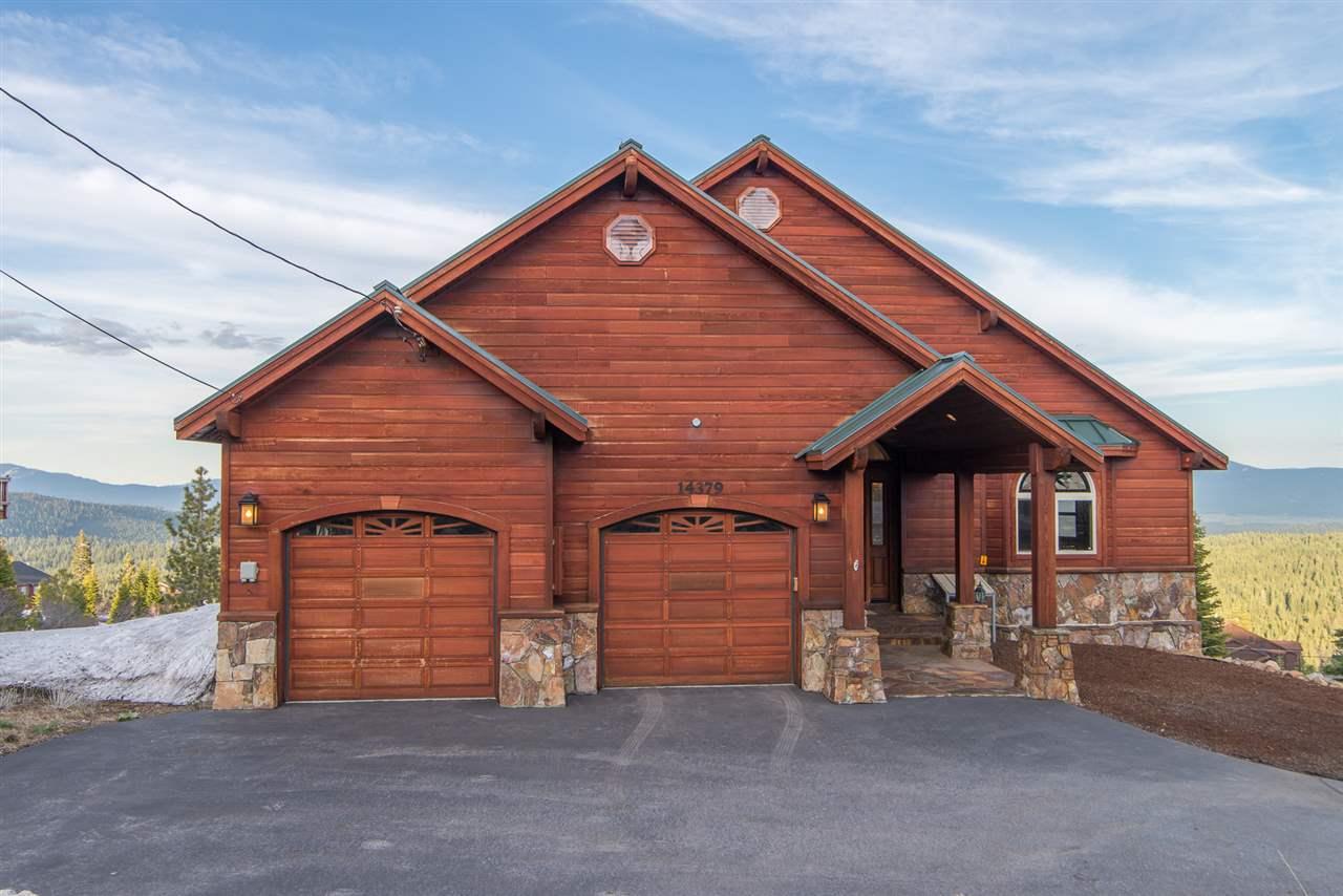 独户住宅 为 销售 在 14379 Skislope Way 14379 Skislope Way 特拉基, 加利福尼亚州 96161 美国