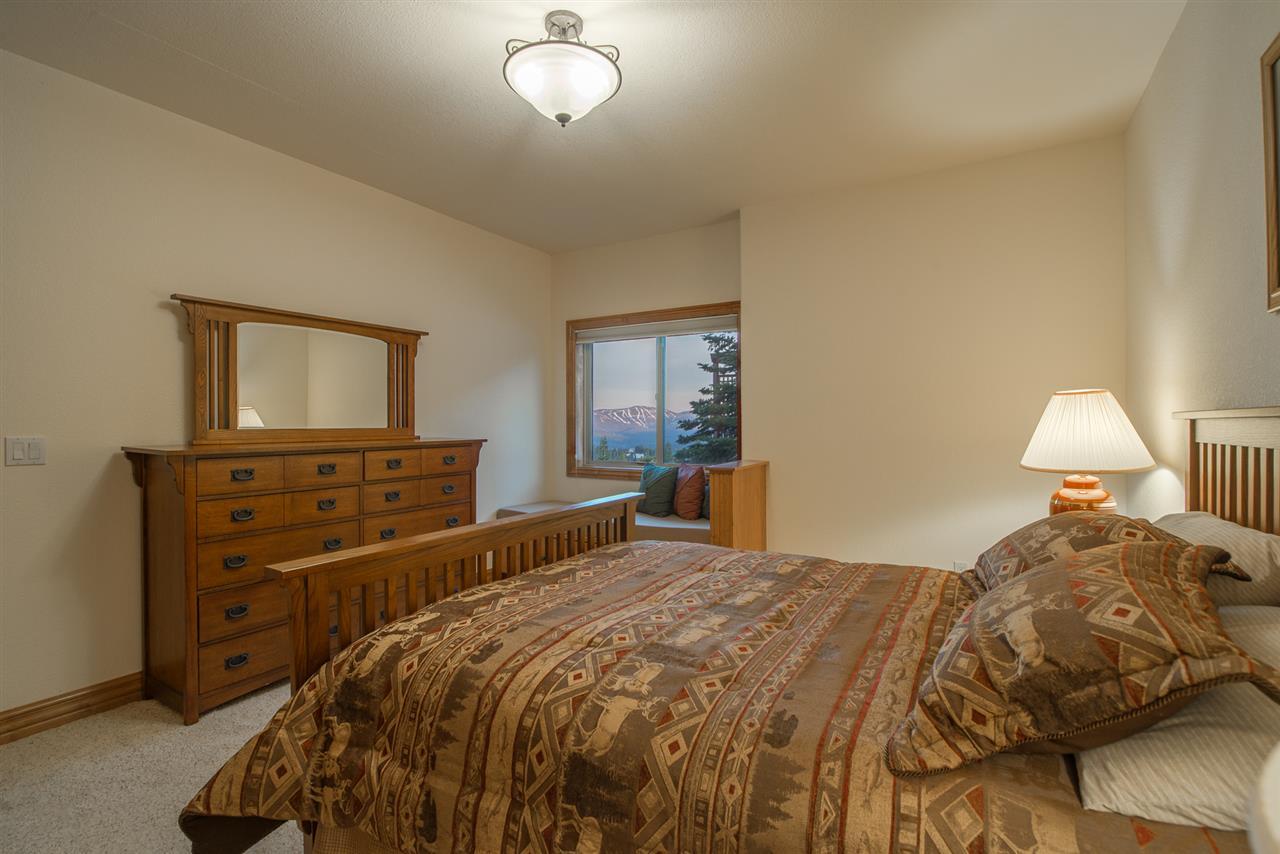 Additional photo for property listing at 14379 Skislope Way 14379 Skislope Way Truckee, California 96161 Estados Unidos