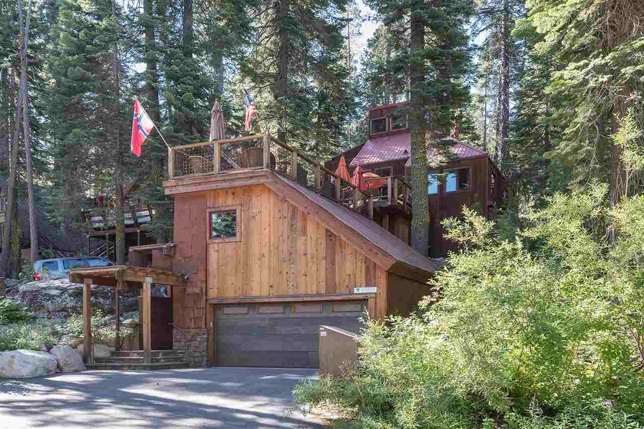 Single Family Home for Active at 15451 Conifer Drive Truckee, California 96161 United States