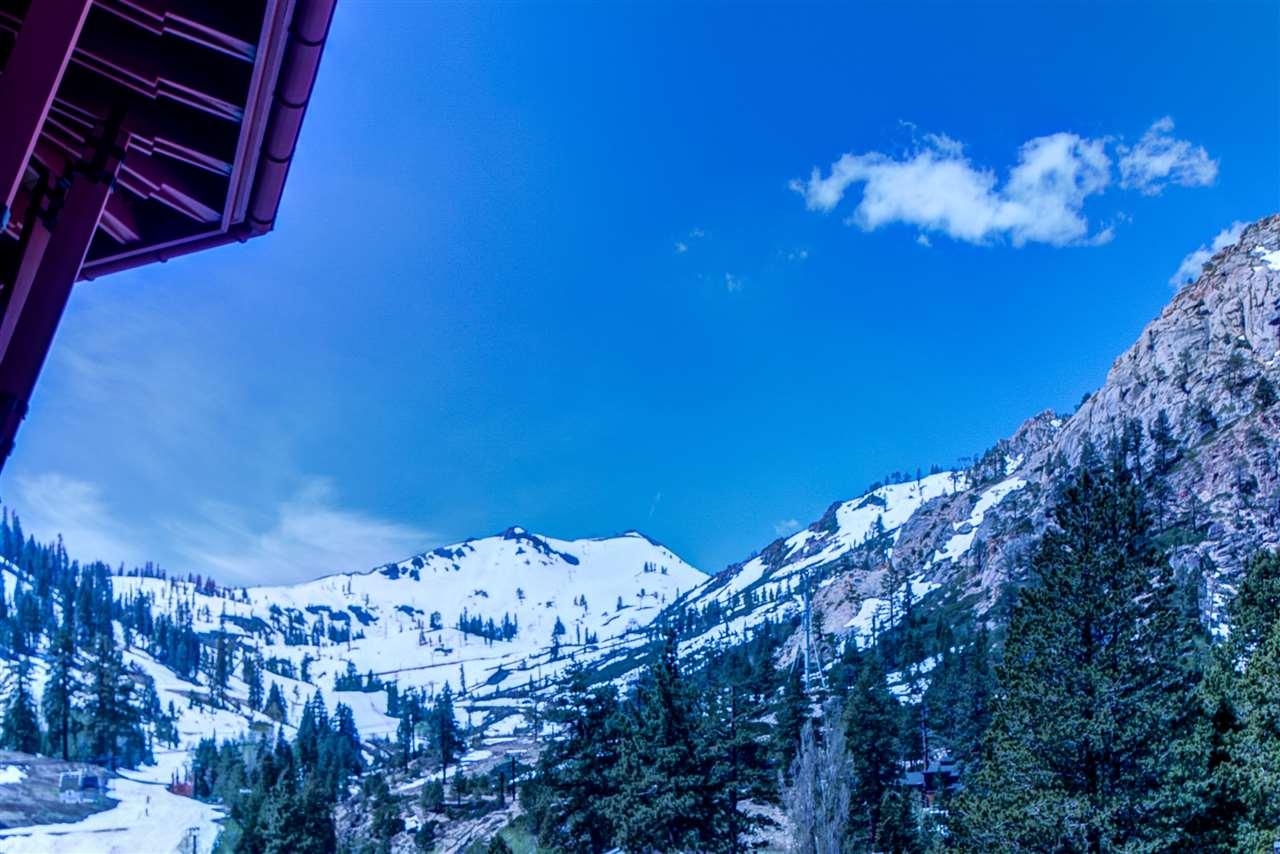 共管式独立产权公寓 为 销售 在 1995 Squaw Valley Road 1995 Squaw Valley Road 奥林匹克山, 加利福尼亚州 96146 美国