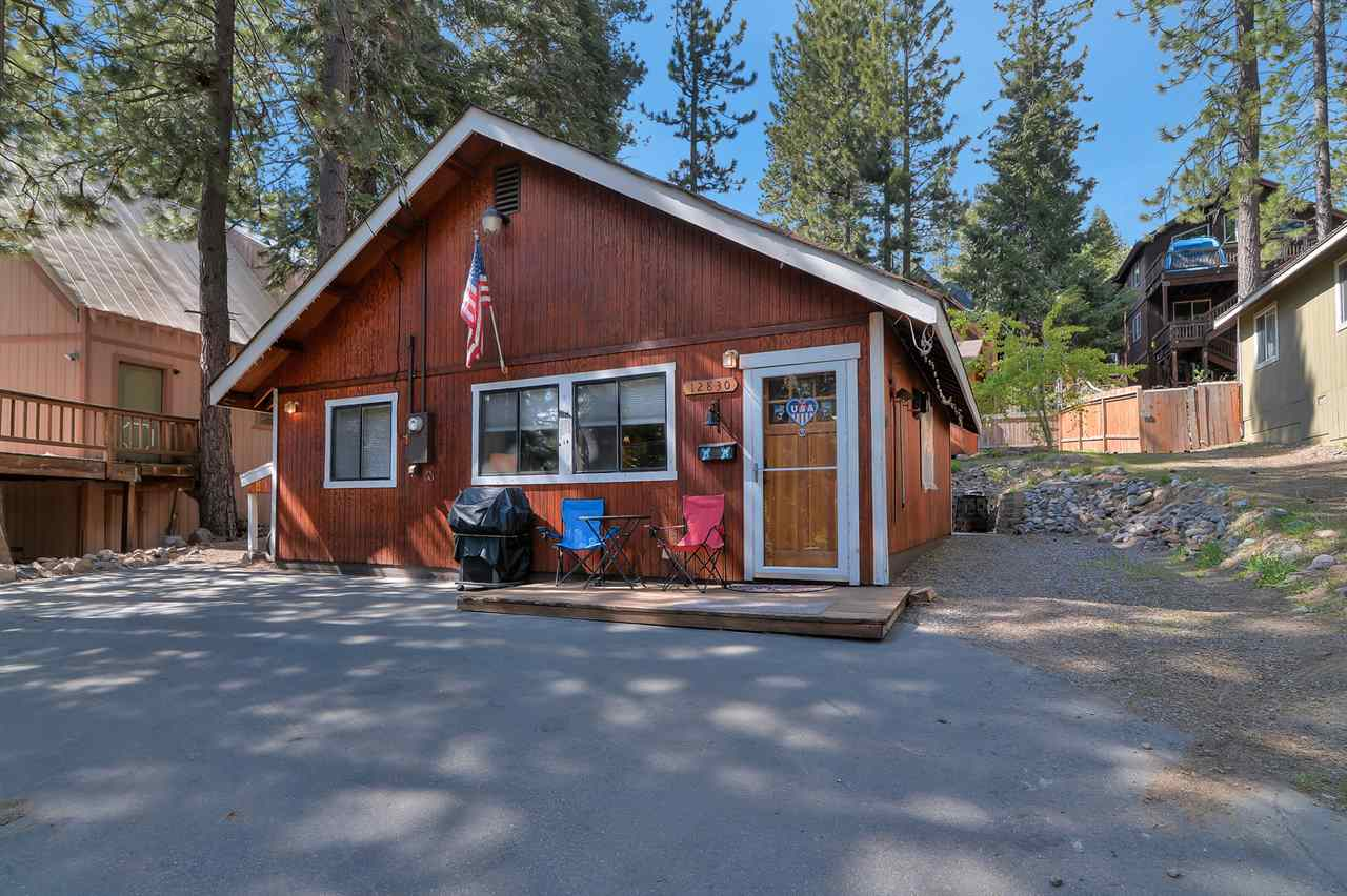 Additional photo for property listing at 12830 Dulzura Street Truckee, California 96161 United States
