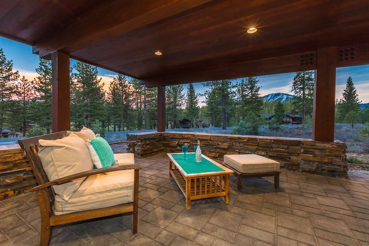 Additional photo for property listing at 13139 Snowshoe Thompson  Truckee, California,96161 United States