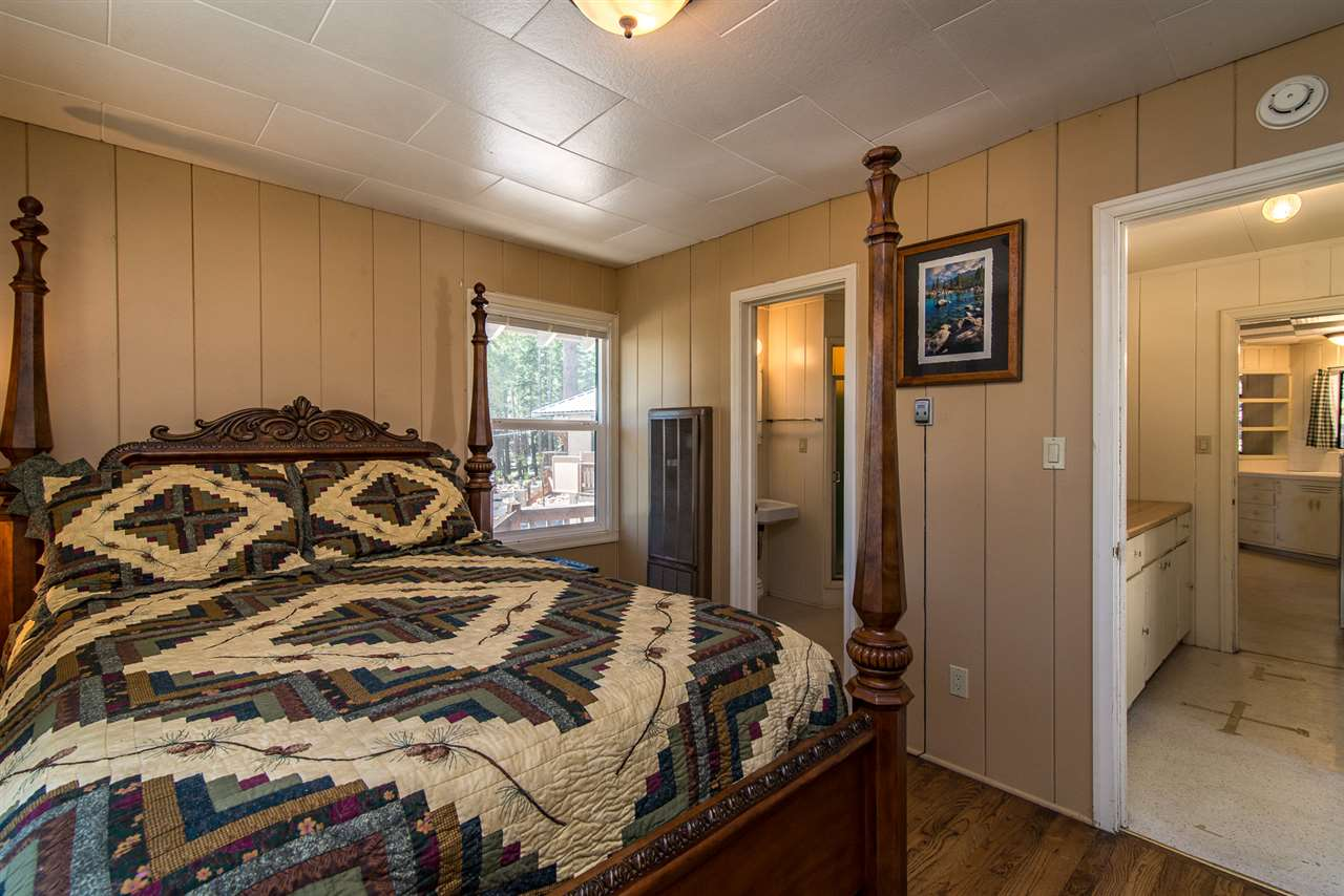 Additional photo for property listing at 5959 North Lake Boulevard  Carnelian Bay, California 96140 United States
