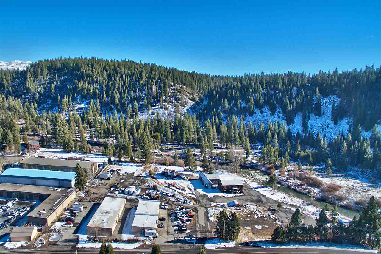 Additional photo for property listing at 10925 West River Street  Truckee, California 96161 Estados Unidos
