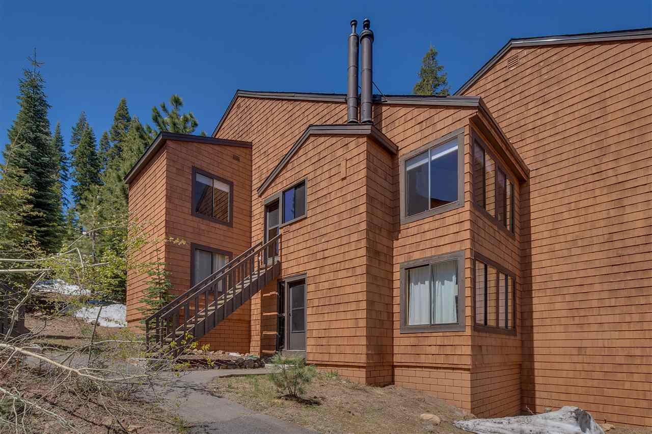 11567 Snowpeak Way, Truckee, CA 96161