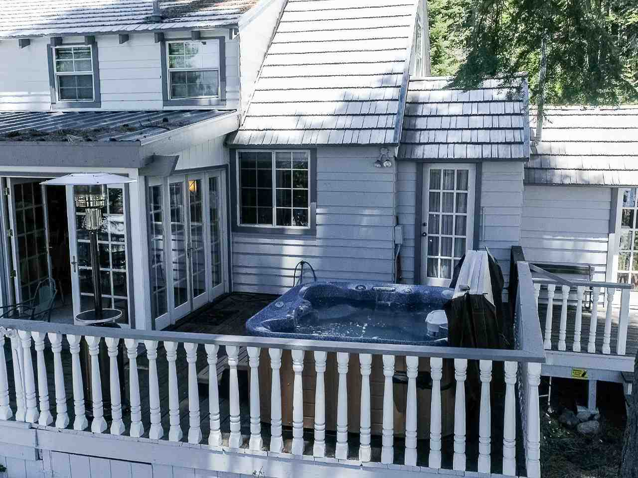 Additional photo for property listing at 6023 North Lake Boulevard 6023 North Lake Boulevard Agate Bay, California 96140 Estados Unidos