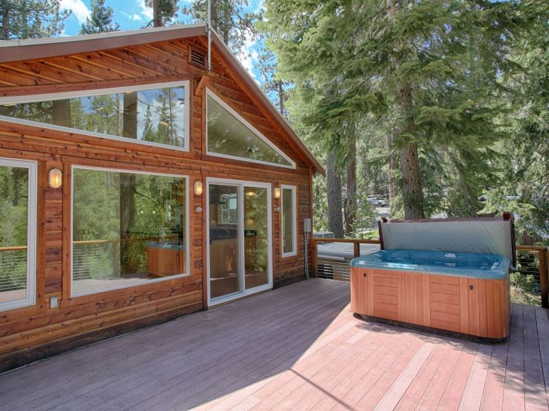 Additional photo for property listing at 350 Jackpine Street  South Lake Tahoe, California 96145 Estados Unidos