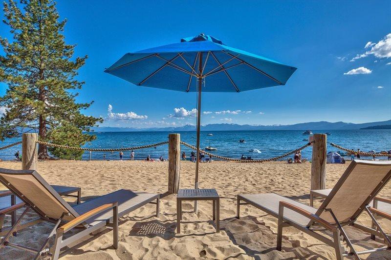 Condominio por un Venta en 8308 North Lake Boulevard Kings Beach, California 96143 Estados Unidos