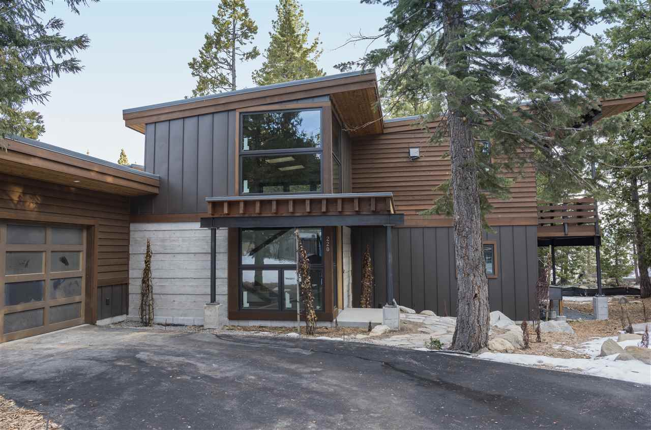 独户住宅 为 销售 在 220 Pine Street 220 Pine Street Tahoma, 加利福尼亚州 96142 美国