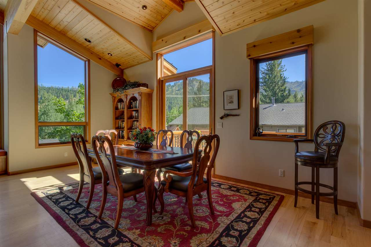 Additional photo for property listing at 1390 Lanny Lane  Olympic Valley, Californie,96146 États-Unis