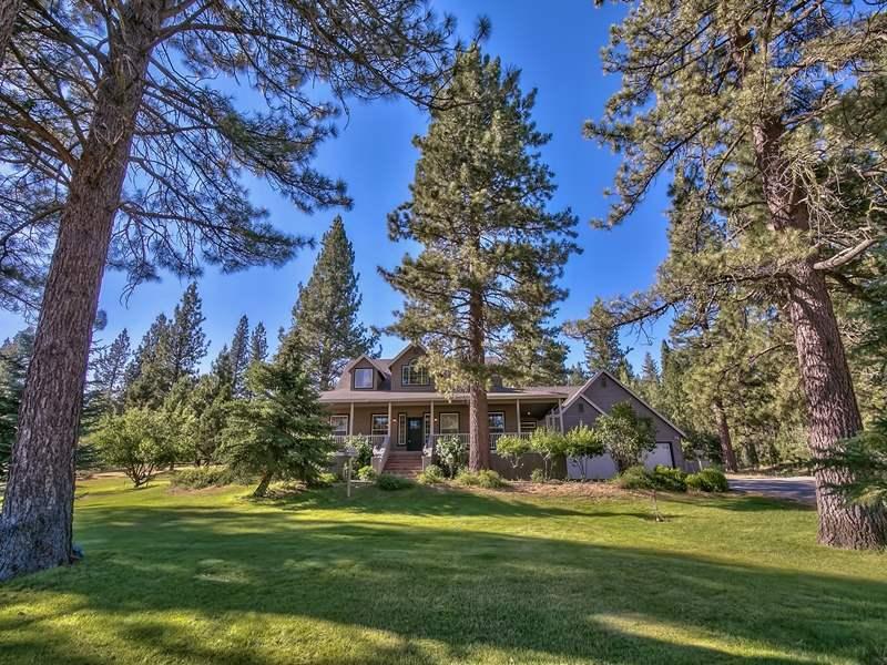 Casa Unifamiliar por un Venta en 550 Valley Ranch Drive 550 Valley Ranch Drive Lake Almanor, California 96106 Estados Unidos
