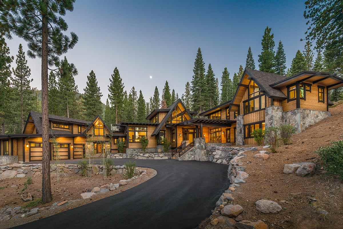 Single Family Home for Active at 7106 Villandry Drive 7106 Villandry Drive Truckee, California 96161 United States