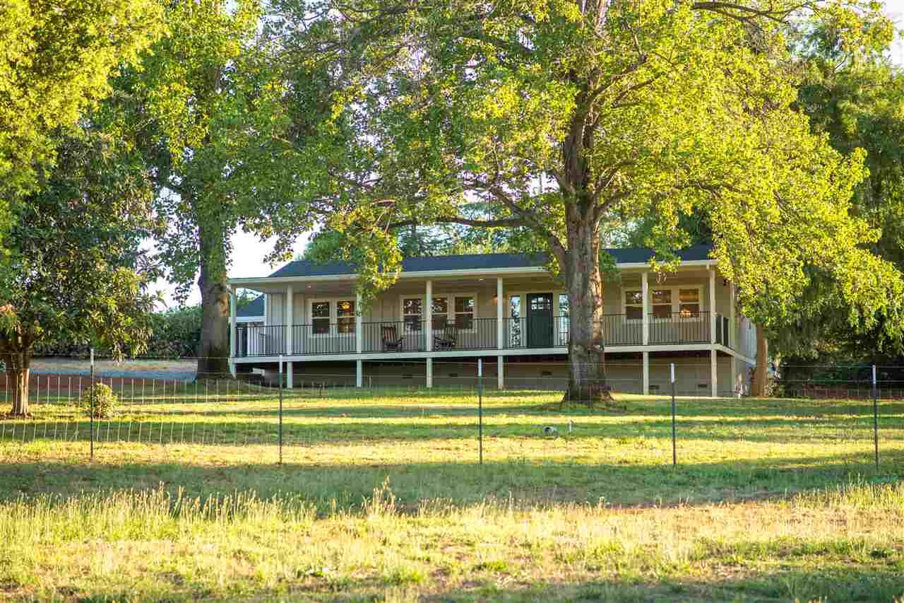 独户住宅 为 销售 在 9885 Michelle Drive 欧本, 加利福尼亚州 95603 美国
