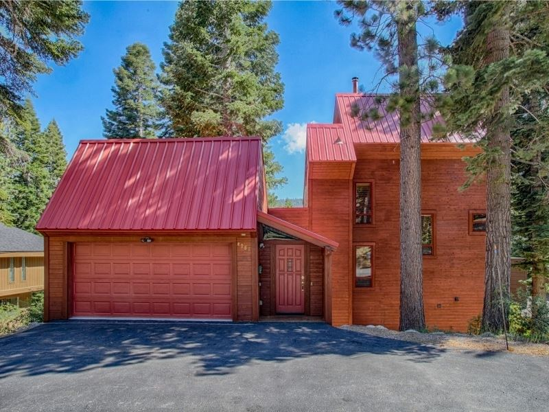 Single Family Home for Active at 4081 Gstaad Road Tahoe City, California 96145 United States