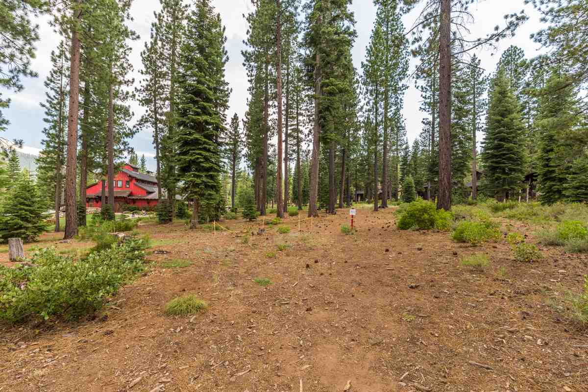 Land for Active at 10506 Kaweah Court 10506 Kaweah Court Truckee, California 96161 United States