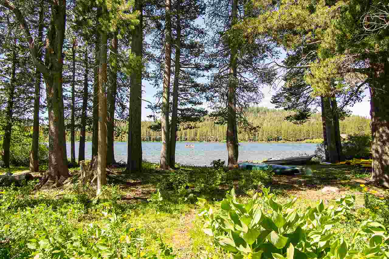 Single Family Home for Active at 5418 Bales Road 5418 Bales Road Truckee, California 95728 United States