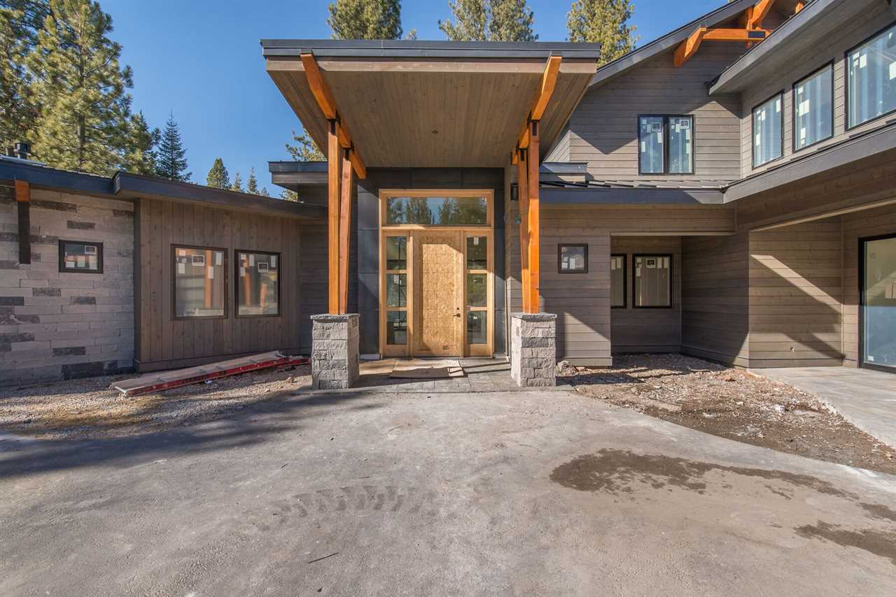 Single Family Home for Active at 9030 Versant Court 9030 Versant Court Truckee, California 96161 United States