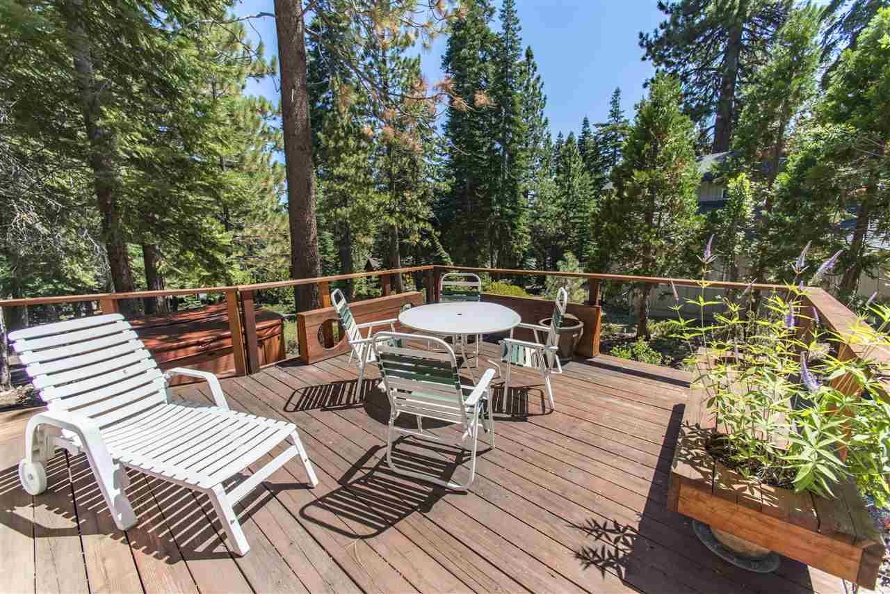 Additional photo for property listing at 4480 North Ridge Drive 4480 North Ridge Drive Tahoe City, California 96140 United States