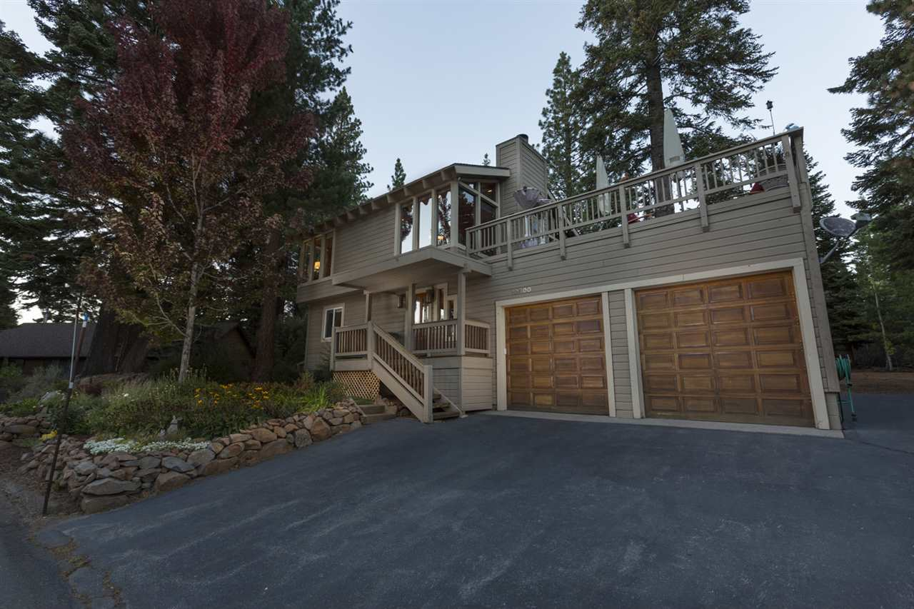Single Family Home for Active at 10800 Blueberry Road 10800 Blueberry Road Truckee, California 96161 United States