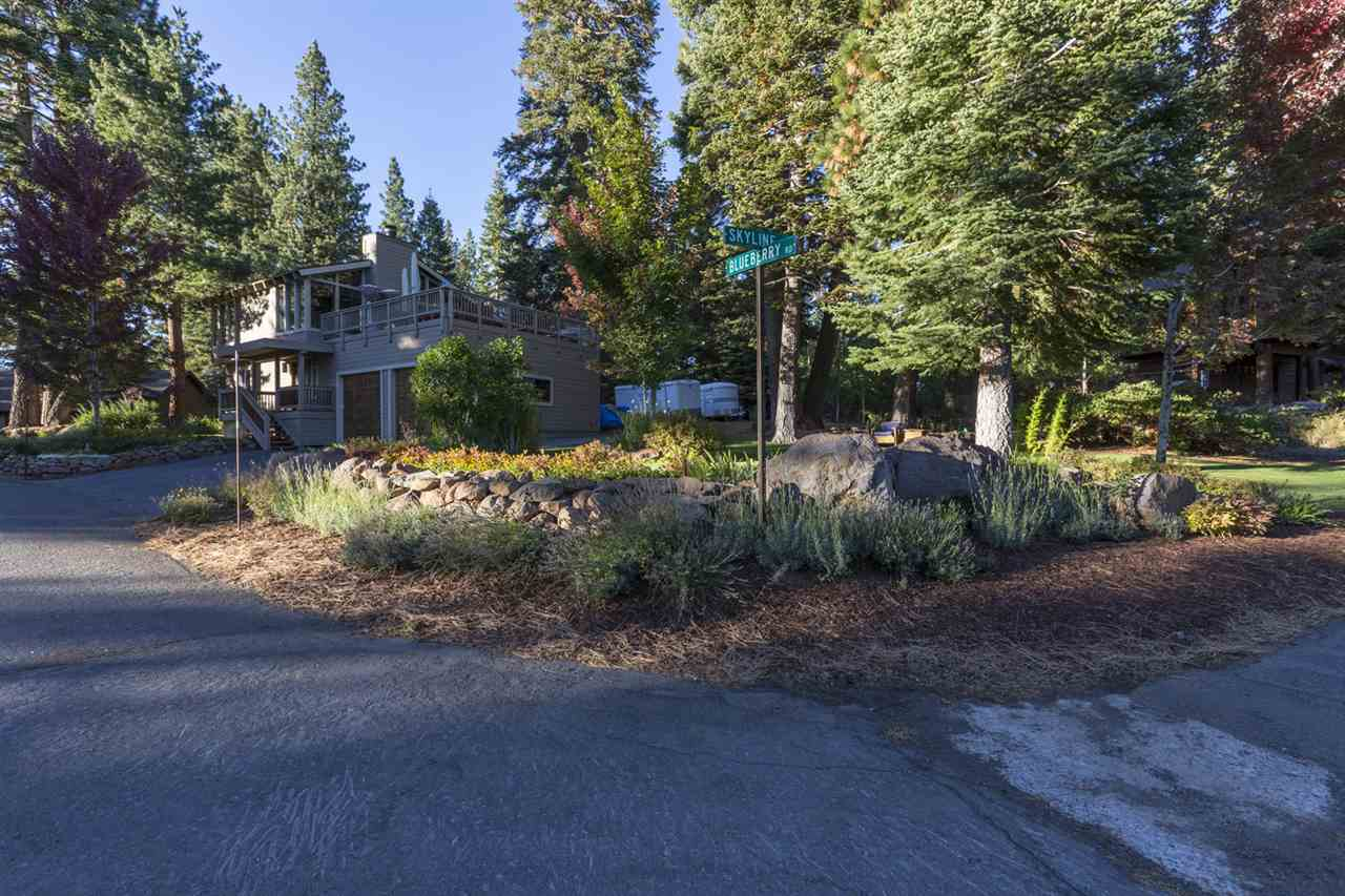 Additional photo for property listing at 10800 Blueberry Road 10800 Blueberry Road Truckee, California 96161 United States